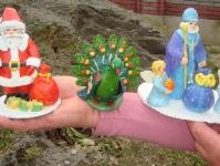 Санта-Клаус, павлин и Святой Николай