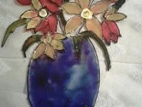 Цветы в синей вазе